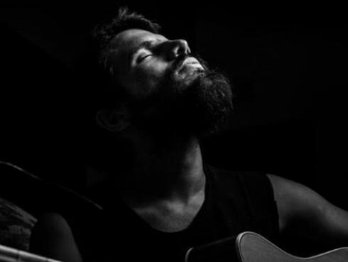 Mario Maywa, el cantautor peruano que fusiona sonidos tribales y música contemporánea [VIDEOS]