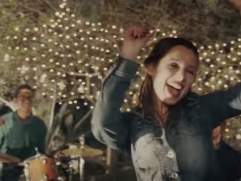 Desiré Mandrile lanzó videoclip de 'Intensidad'