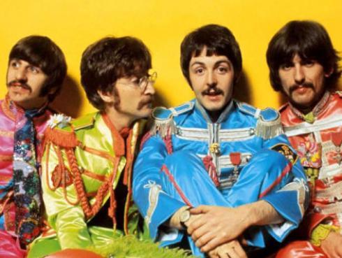 Celebrarán los 50 años de 'Sgt. Pepper's' de The Beatles con edición de lujo