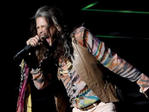 ¿Por qué Steven Tyler, de Aerosmith, es andrógino?
