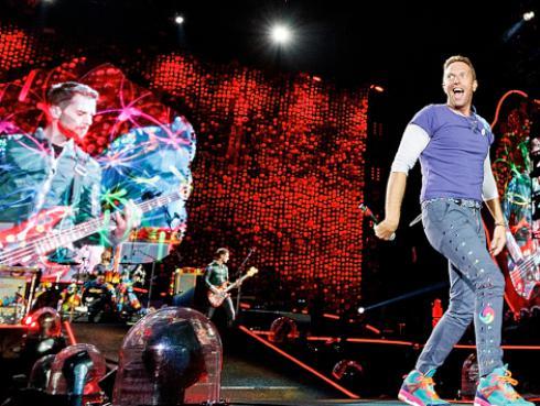 Vocalista de Coldplay es cautivado por la música de artista española