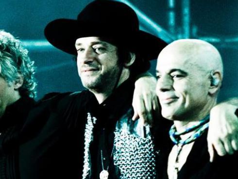 Integrantes de Soda Stereo regresaron por una noche y revivieron un hit
