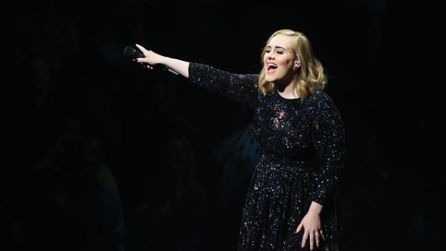 Adele prepara show para ceremonia de los Grammys 2017