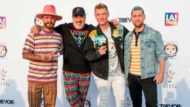 Backstreet Boys y NSYNC se unen para formar una nueva banda llamada Back-Sync