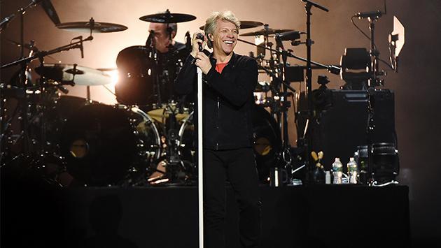 Bon Jovi y Bryan Adams anuncian gira juntos
