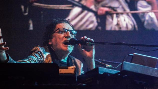 Charly García dio concierto sorpresa en Uruguay [VIDEO]