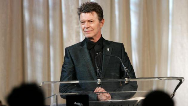 David Bowie gana en álbum del año y solista británico en los Brit Awards 2017 [VIDEO]
