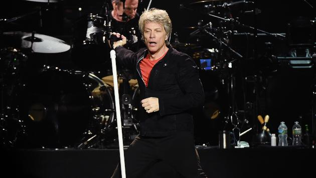 El Príncipe William de Inglaterra cantó 'Livin' on a prayer' con Bon Jovi