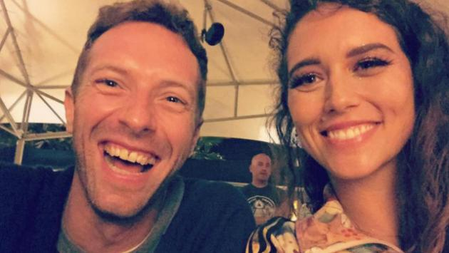 Gala Brie se lució como telonera de Coldplay [FOTOS Y VIDEO]
