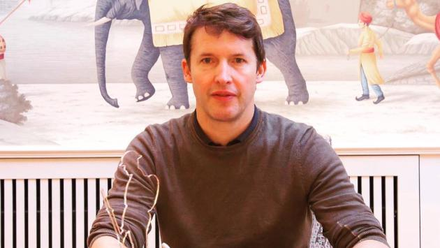 James Blunt fue editor por un día en una web financiera
