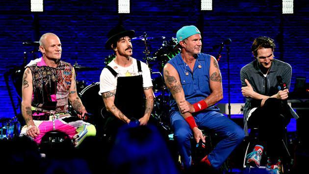 Joven confundió a Red Hot Chili Peppers con otro grupo