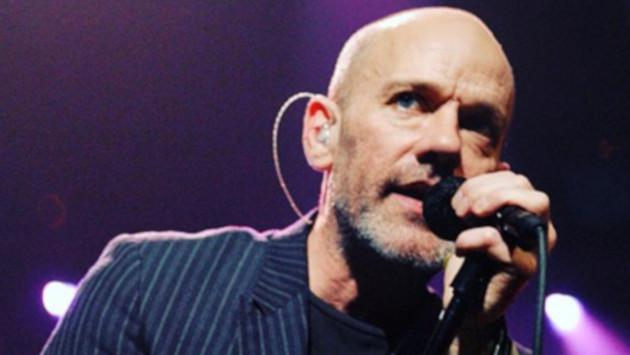 Michael Stipe Vocalista De R E M Explica El Significado De Losing My Religion Video Radio Oasis