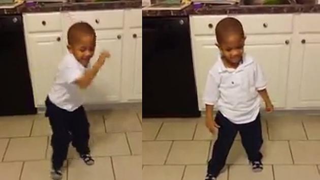 Pequeño  baila Wake Me Up Before You Go Go de Wham! y es furor en redes sociales