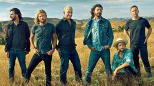 Foo Fighters se reinventa con 'Concrete and Gold', su nuevo disco [VIDEOS]