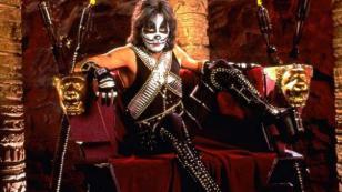 Peter Criss, miembro fundador de Kiss, anunció su retiro de los escenarios