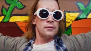 Macaulay Culkin imita a Kurt Cobain en el nuevo video de Father John Misty