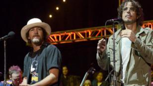 La última vez que Chris Cornell y Eddie Vedder cantaron juntos 'Hunger Strike', en 2014